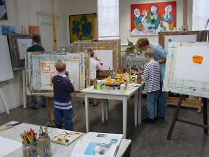 Een familieschilderij maken tijdens een schilderworkshops ook als vriendinnendag of - Kleur schilderij slaapkamer volwassenen ...